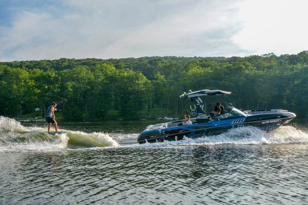 Wake Surfing on Deep Creek Lake