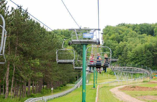 Scenic Chairlift Ride at Deep Creek Lake