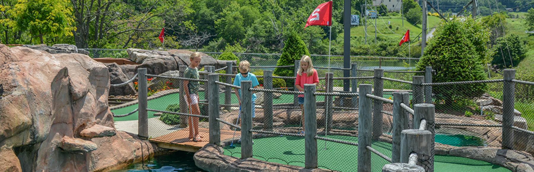 Mini Golf at Funland at Deep Creek Lake